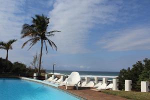 Dumela Margate Flat No 9