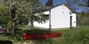 Gedung tempat rumah liburan berlokasi