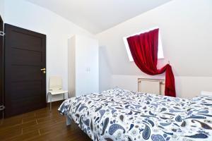 La Casa Di Bury Apartments 1