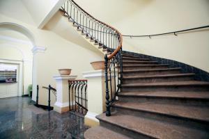 Royal Residence Center Apartment 1