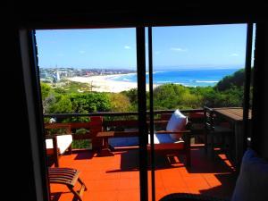 Beachfront Villa African Queen