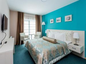 Aqua-Minsk Hotel