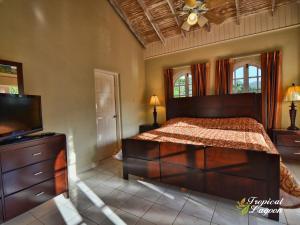 Tropical Lagoon Resort