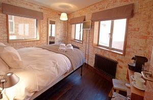 Rocksalt Rooms