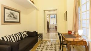 Portico Ottavia Garden Apartment