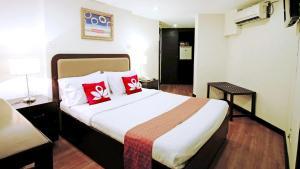 ZEN Rooms Paco Park