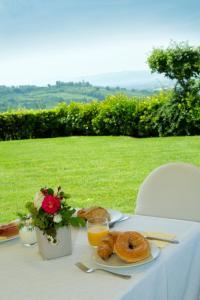 Brokastu iespējas, kas pieejamas viesiem naktsmītnē Country house Le Colombe Assisi