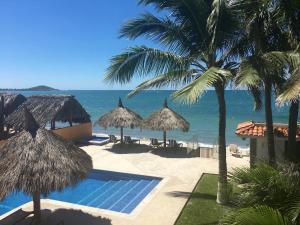 EL SOL LA VIDA BEACH FRONT B/B ADULTS ONLY