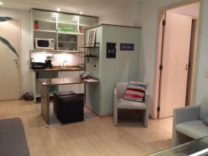 A kitchen or kitchenette at Apart Art Deco