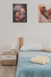 A bed or beds in a room at Apartment Matic Sonkovic