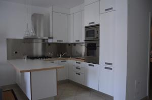 A kitchen or kitchenette at A Due Passi dal Mare