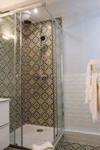 A bathroom at Acropolis loft Nice Garibaldi