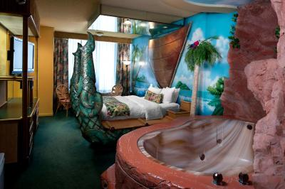 Fantasyland Hotel Edmonton Canada Booking Com