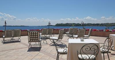 Hotel Savoy Palace Booking Gardone