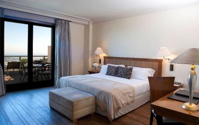 Gran hotel la florida g l monumento barcelona updated for Hoteles en madrid con terraza en la habitacion