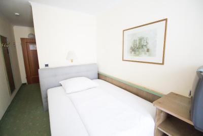 Aurbacher Hotel Deutschland M 252 Nchen Booking Com