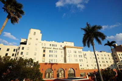 historic hollywood beach hotel fl. Black Bedroom Furniture Sets. Home Design Ideas