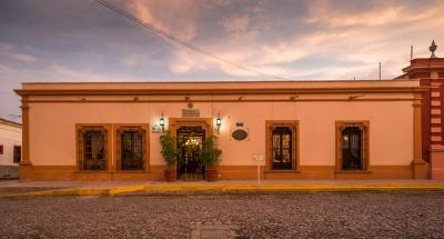 Hotel Meson de Santa Elena