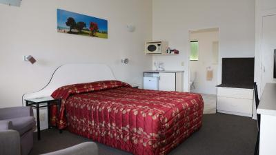 Bk s Counties Motor Lodge - Image3