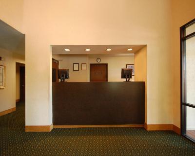 comfort inn smith mt lake rocky mount va. Black Bedroom Furniture Sets. Home Design Ideas