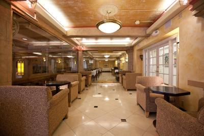 Cecil Hotel Los Angeles Ca Booking Com