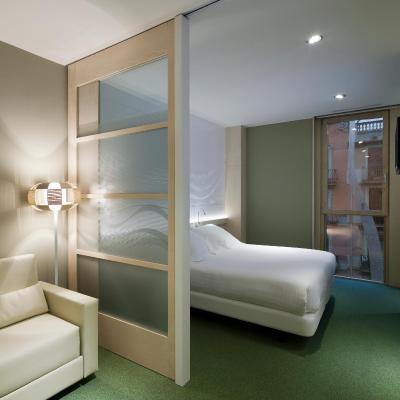 Ako Suites Hotel fotografía