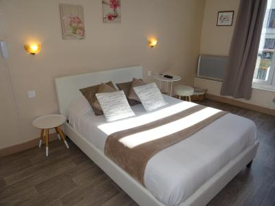 Hotel Forcalquier Centre Ville Booking