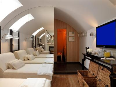 Boutique hotel heidelberg suites including reviews for Design hotel heidelberg