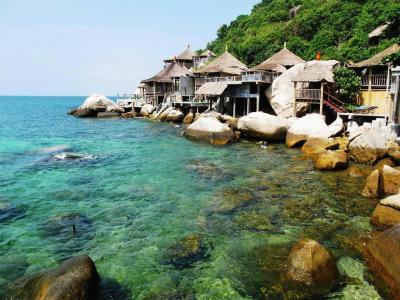 Resort koh tao bamboo huts ko tao thailand - Ko tao dive resort ...
