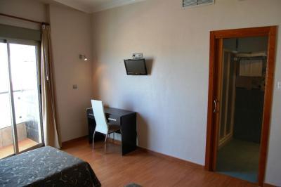Hotel Almoradi foto