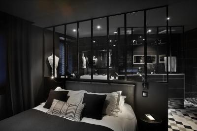 petit h tel confidentiel francia chamb ry. Black Bedroom Furniture Sets. Home Design Ideas
