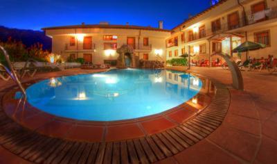 gran imagen de Hotel Balneario Parque de Cazorla