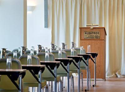 albatros spa hotel  hersonissos  greece booking com Samsung TV OLED TV