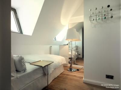 hotel the qvest hideaway deutschland k ln. Black Bedroom Furniture Sets. Home Design Ideas