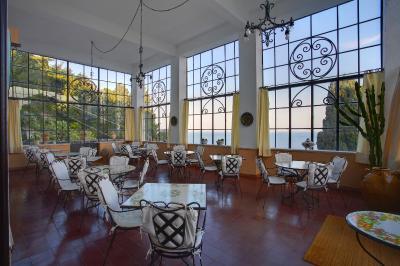 Hotel bel soggiorno taormina italy for Malosco hotel bel soggiorno