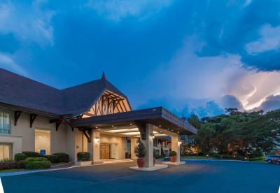 Taal Vista Hotel Tagaytay Philippines Booking Com