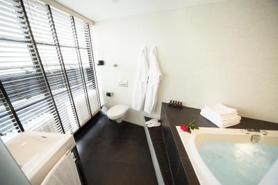Hotel Euromast Niederlande Rotterdam Booking Com
