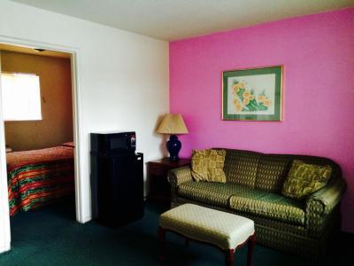 Kings Canyon Motel, Fresno, CA - Booking.com