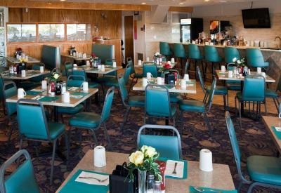 Adventurer Oceanfront Inn Wildwood Crest Nj Booking Com