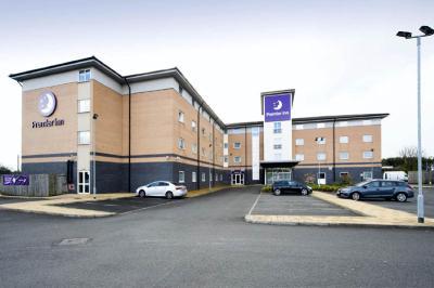 Premier Inn Glasgow Braehead Paisley Uk Booking Com