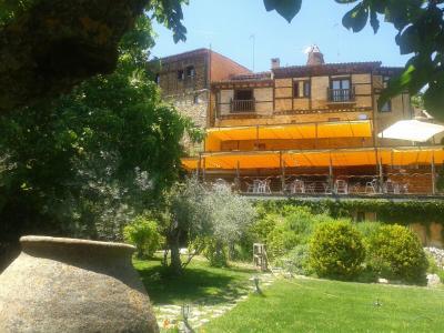 Hotel Rural Calatañazor foto