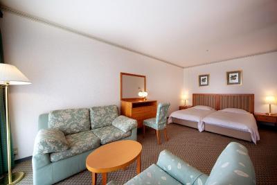 photo of Wakayama Marina City Hotel(和歌山港酒店)   Wakayama, Japan(日本和歌山縣))