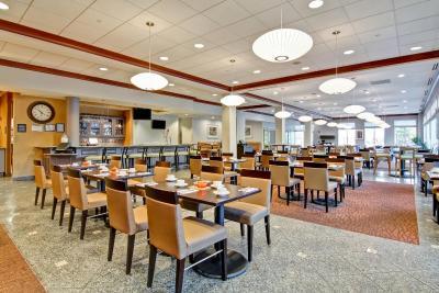 Hilton garden inn ottawa airport canada - Hilton garden inn ottawa airport ...