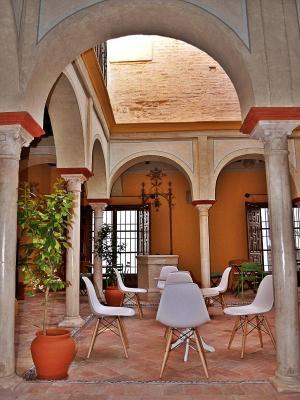 gran imagen de Frenteabastos Hostel & Suites