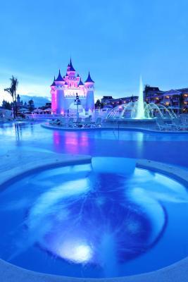 Resort luxury bahia principe fantasia punta cana for Hotel luxury bahia principe fantasia