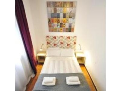 Bonita foto de Julian Rooms