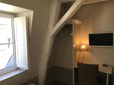 h tel l 39 adresse tours tarifs 2019. Black Bedroom Furniture Sets. Home Design Ideas