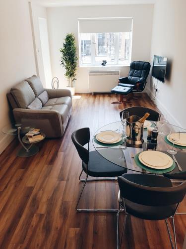 42 Adelaide Square Apartment Suite