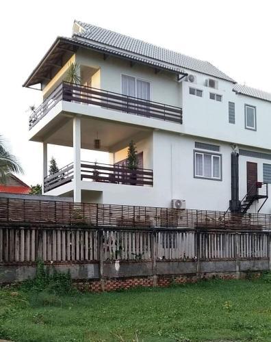Thearoth Villa