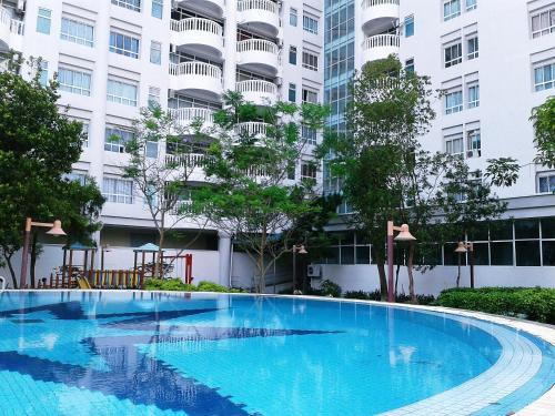 Natasha Pantai Puteri Apartment Kampong Baharu Malaysia